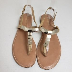 BCBGeneration Gold Thong Buckle Sandals Sz 9.5